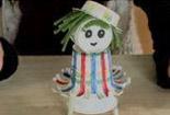 如何用纸杯制作芭比娃娃