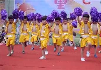 幼儿园六一节舞蹈《最炫民族风》男生舞蹈