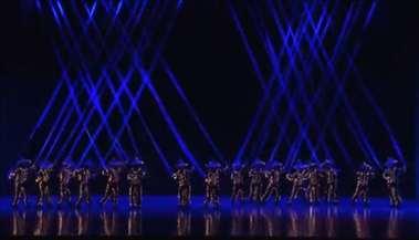 幼儿园舞蹈《霓动童真》幼儿灯光舞蹈